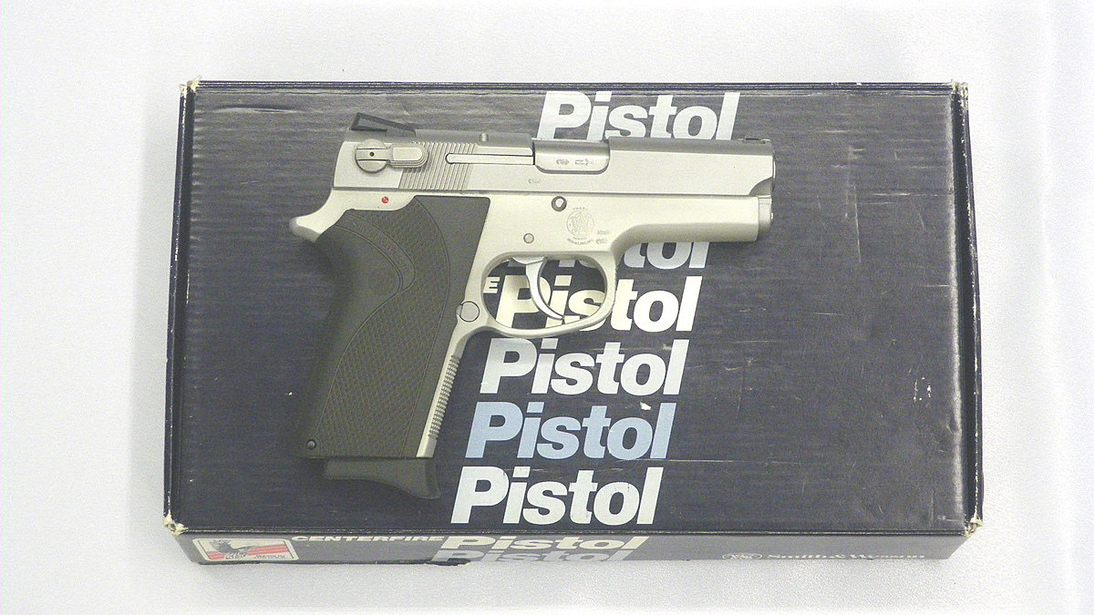 Smith & Wesson 3913 9 mm Para - Pistole