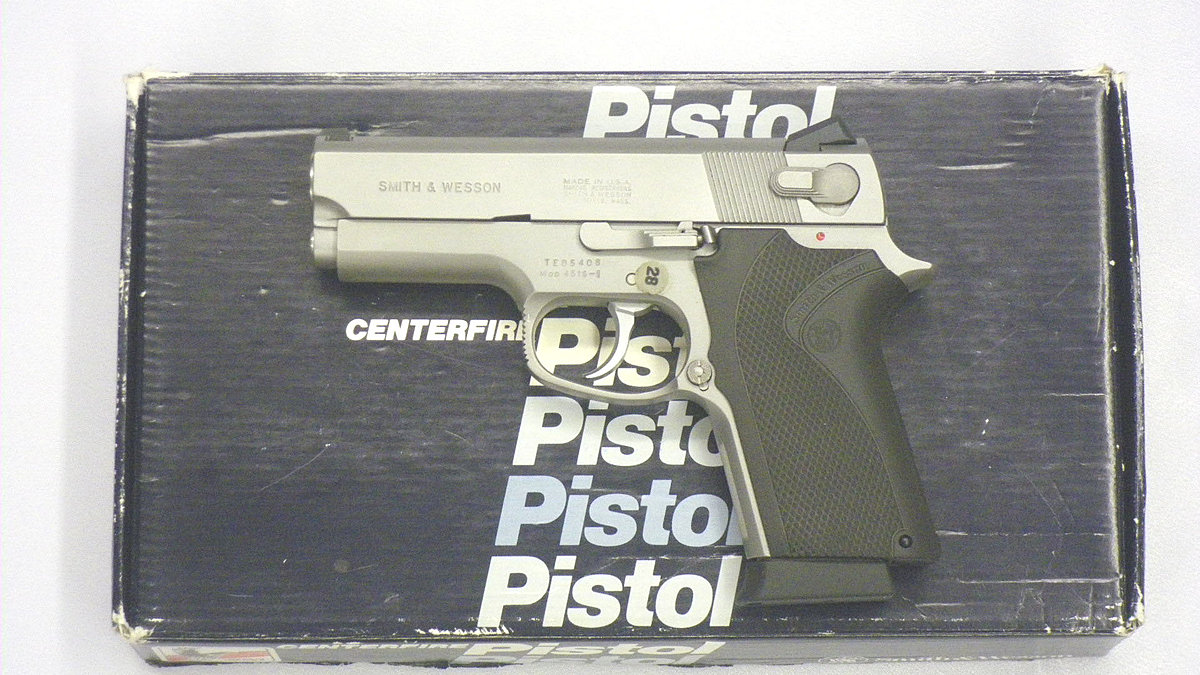 Smith & Wesson 4516 .45 AcP - Pistole